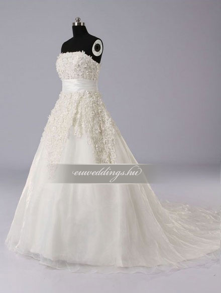 Menyasszonyi ruha A vonalú ujjatlan-AVU-1924