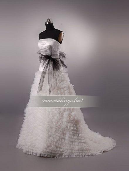 Menyasszonyi ruha A vonalú ujjatlan-AVU-1954