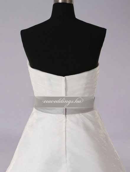 Menyasszonyi ruha A vonalú ujjatlan-AVU-3266