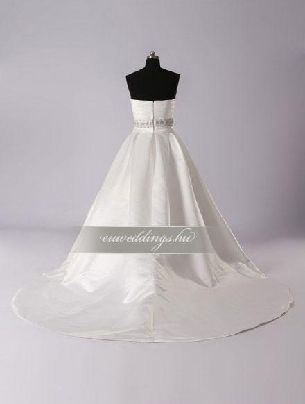 Menyasszonyi ruha A vonalú ujjatlan-AVU-3303