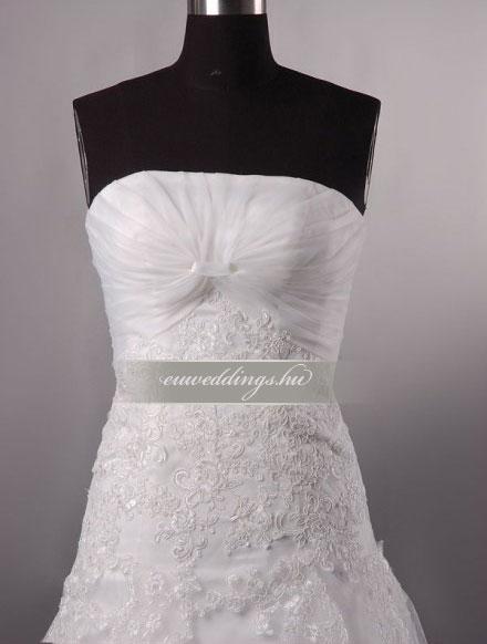 Menyasszonyi ruha A vonalú ujjatlan-AVU-3538