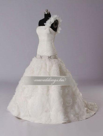 Menyasszonyi ruha báli fazonú pántos-BFP-3818