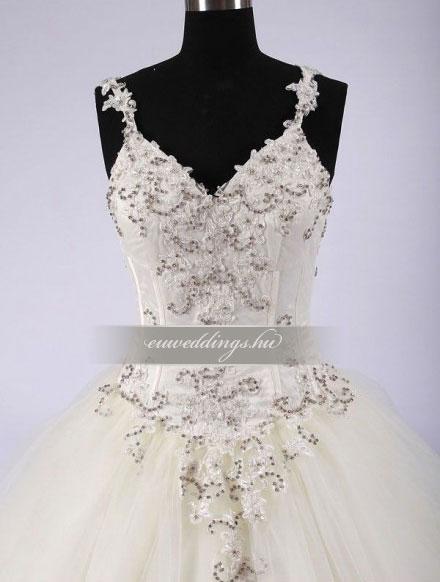 Menyasszonyi ruha báli fazonú színes és mintás-BFS-4441