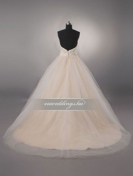 Menyasszonyi ruha báli fazonú színes és mintás-BFS-4573