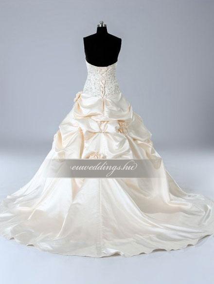 Menyasszonyi ruha báli fazonú színes és mintás-BFS-4671