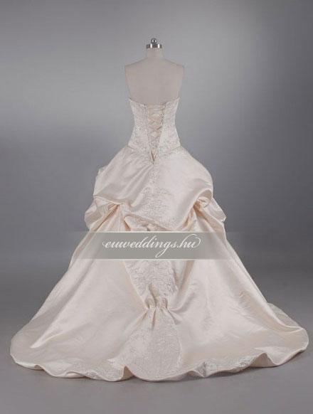 Menyasszonyi ruha báli fazonú színes és mintás-BFS-4748