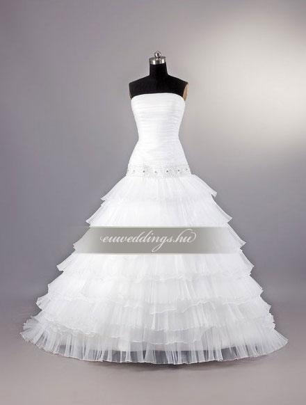 Esküvői ruha báli fazonú ujjatlan-BFU-4823