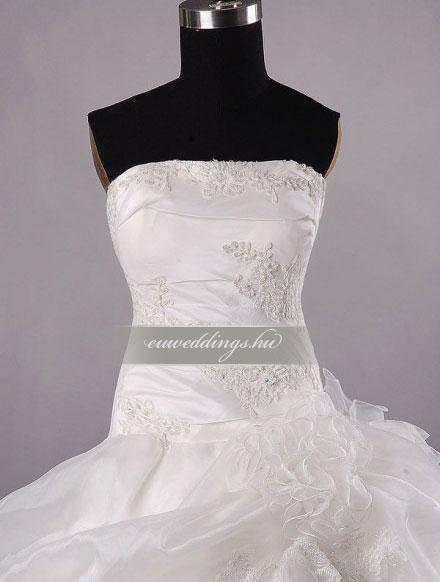 Esküvői ruha báli fazonú ujjatlan-BFU-4853