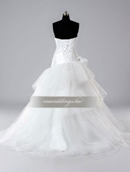 Esküvői ruha báli fazonú ujjatlan-BFU-4929