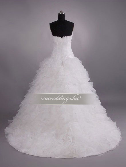 Esküvői ruha báli fazonú ujjatlan-BFU-5292