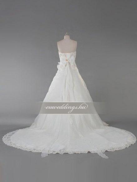 Esküvői ruha báli fazonú ujjatlan-BFU-5326