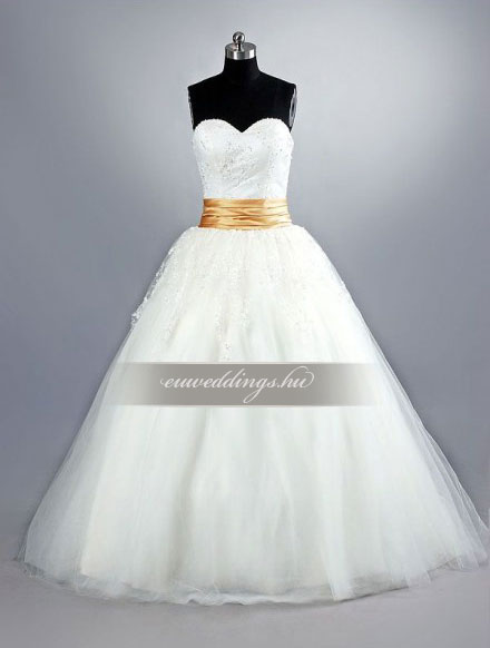 Esküvői ruha báli fazonú ujjatlan-BFU-5678