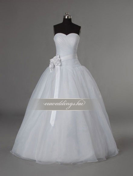 Esküvői ruha báli fazonú ujjatlan-BFU-6038