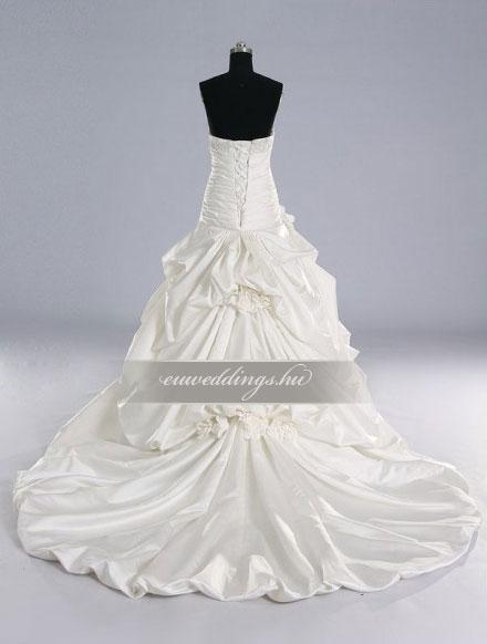 Esküvői ruha báli fazonú ujjatlan-BFU-6193