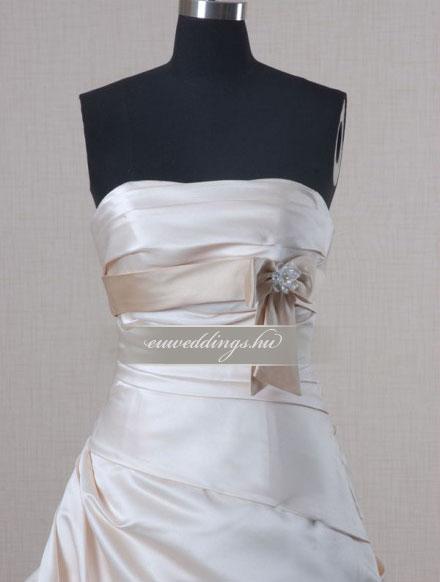 Esküvői ruha báli fazonú ujjatlan-BFU-6242