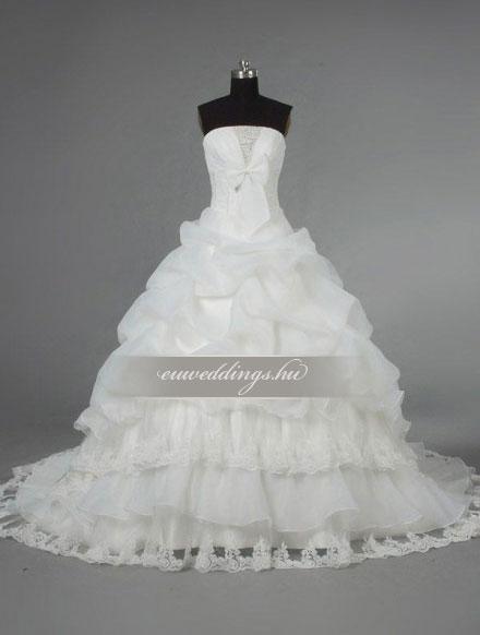 Esküvői ruha báli fazonú ujjatlan-BFU-6323