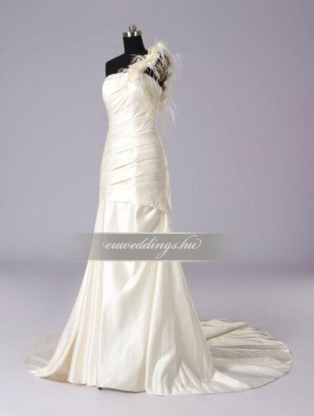 Menyasszonyi ruha csípőtől bővülő pántos-CBP-6600