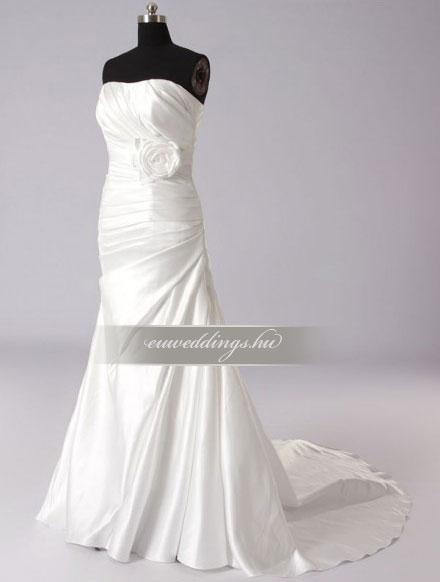 Esküvői ruha csípőtől bővülő ujjatlan-CBU-7433