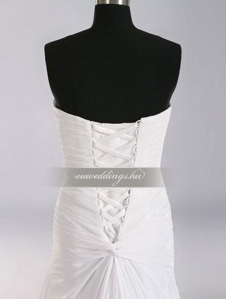 Esküvői ruha csípőtől bővülő ujjatlan-CBU-7786