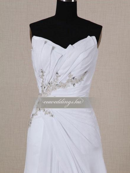 Esküvői ruha csípőtől bővülő ujjatlan-CBU-7801