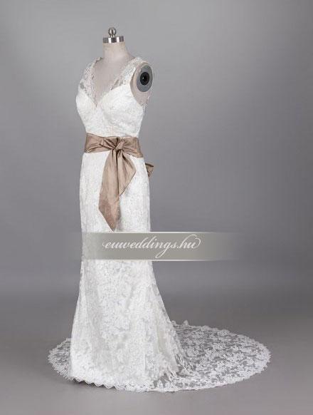Esküvői ruha egyenes fazonú pántos-EFP-7975