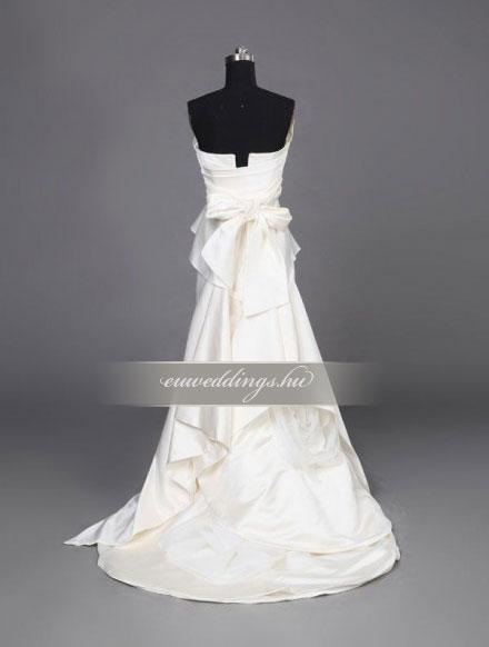Esküvői ruha egyenes fazonú ujjatlan-EFU-8407