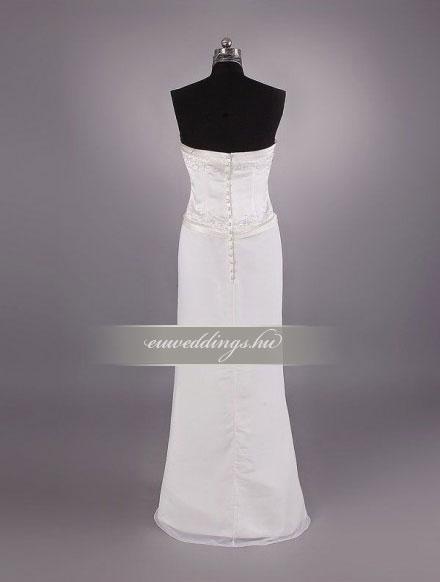 Esküvői ruha egyenes fazonú ujjatlan-EFU-8521