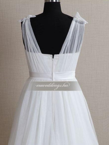 82e485e4c2 Menyasszonyi ruha empire fazonú pántos-EPP-8741