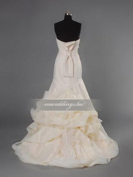 Menyasszonyi ruha sellő fazonú ujjatlan-SFU-11039