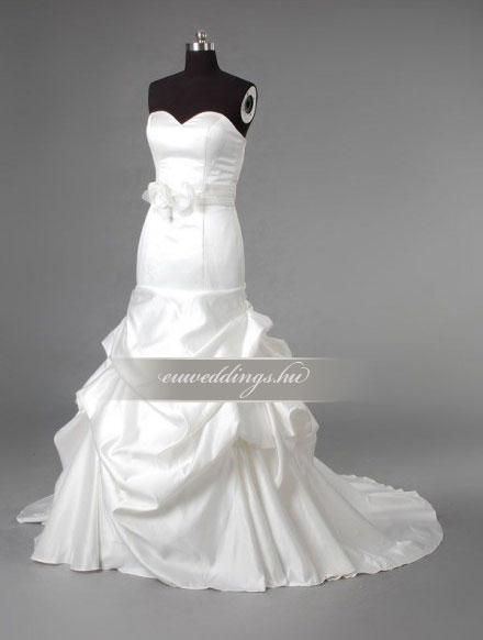 Menyasszonyi ruha sellő fazonú ujjatlan-SFU-11071