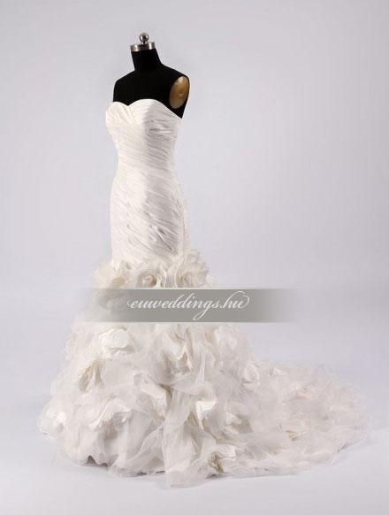 Menyasszonyi ruha sellő fazonú ujjatlan-SFU-11443