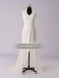 Aszimmetrikus pántos esküvői ruha