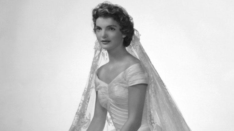 Jackie Kennedy esküvői ruhája