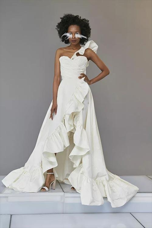 Esküvői ruha trendek 2020, tavasz